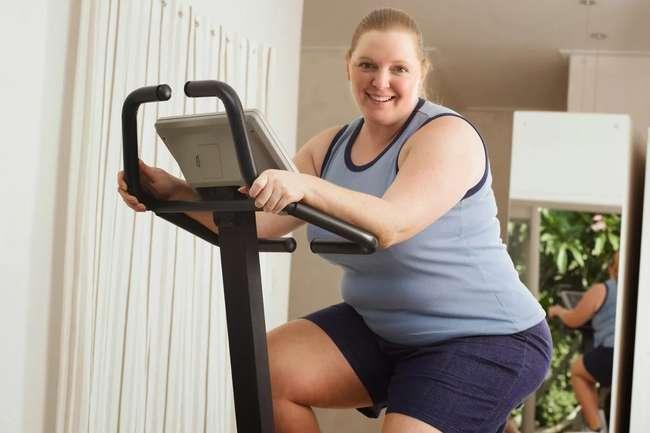 Помощь занятий на велотренажере в похудении