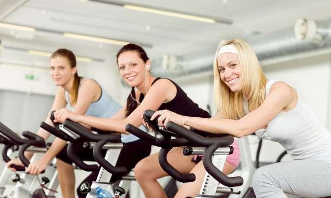 Чем полезен велотренажер для женщин